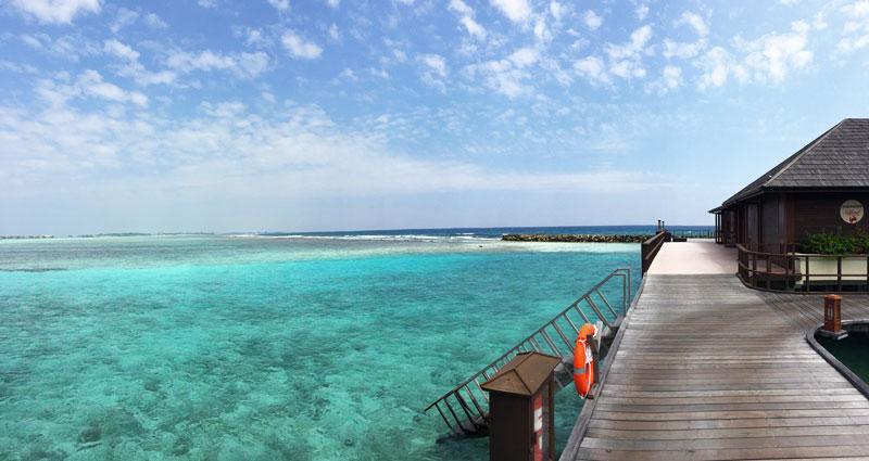 5 costume de baie pe care le vei lua cu tine în Maldive