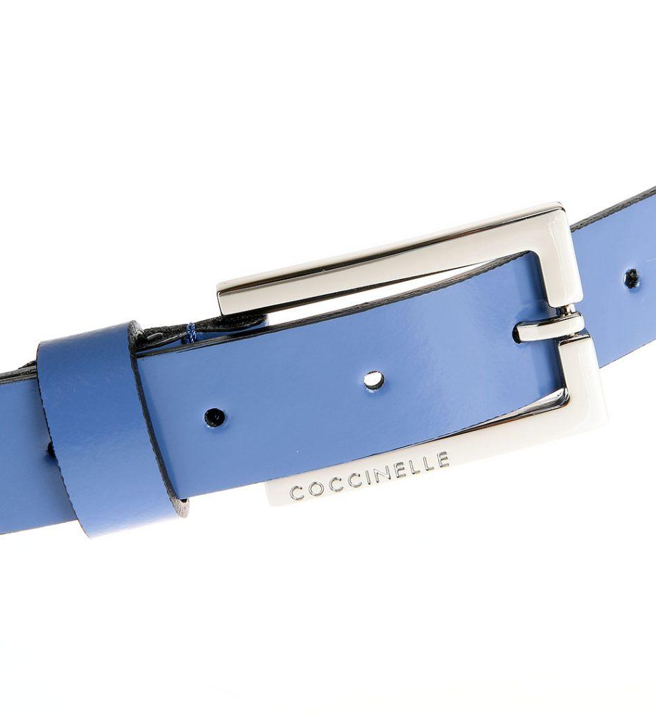 Curea din piele albastra confectionata manual Coccinelle
