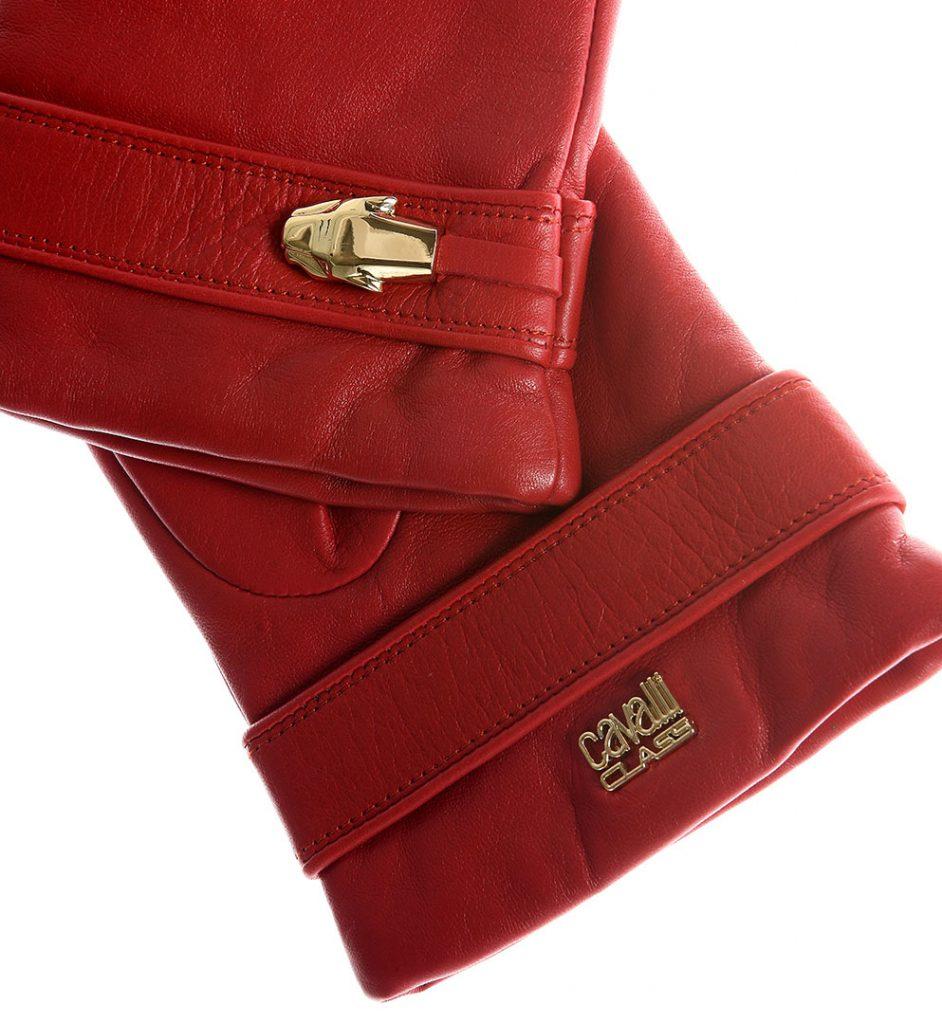 Manusi din piele de culoare rosie, cu aplicatii din acelasi material si detaliu metalic auriu.