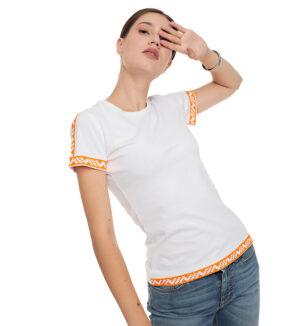 Tricou alb din bumbac broderie portocaliu neon
